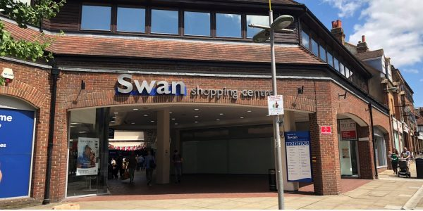 The High Street entrance to the Swan centre, 2019.